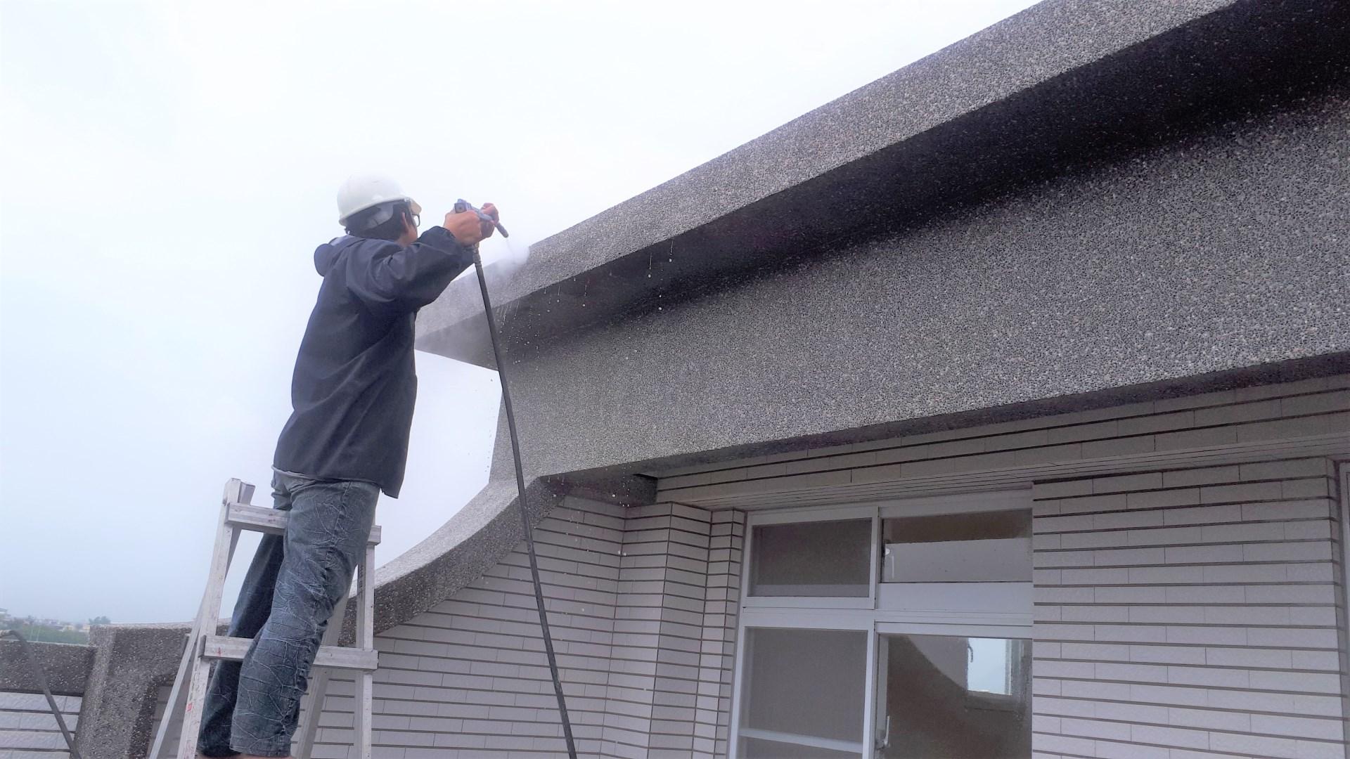 外牆玻璃窗戶高壓清洗
